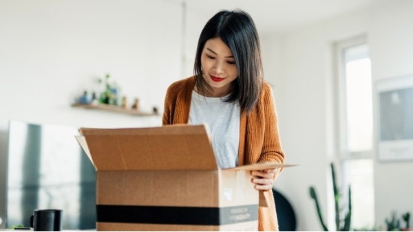电子商务的8种包装趋势,涵盖食品包装、彩妆包装、3C数码包装等